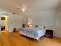 106-Adalia-Davis-Islands-Waterfront-Home-for-Sale-Cristan-Fadal-Master-Bedroom-Alt