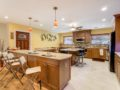 450-W-Davis-Blvd-Davis-Islands-Cristan-Fadal-Kitchen-1