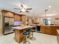 450-W-Davis-Blvd-Davis-Islands-Cristan-Fadal-Kitchen-Alt