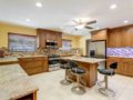 450-W-Davis-Blvd-Davis-Islands-Cristan-Fadal-Kitchen-Alt2