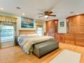 450-W-Davis-Blvd-Davis-Islands-Cristan-Fadal-Masterbedroom
