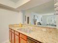 406 W Azeele Hyde Park Cristan Fadal - Kitchen