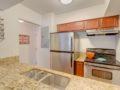 406 W Azeele Hyde Park Cristan Fadal - Kitchen Alt