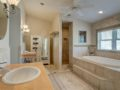 6-Cayuga-Davis-Islands-Cristan-Fadal-Master-bath-Suite